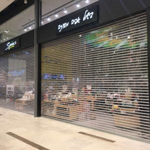 תריס סורג שקוף למניעת פריצות לחנויות